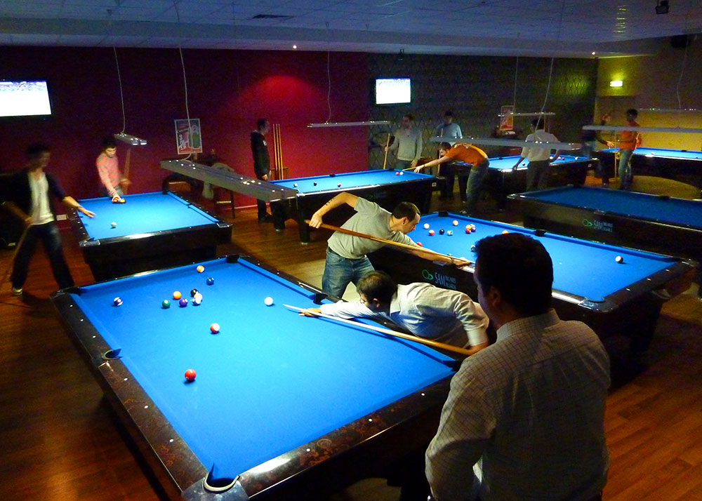 Intro prices hurricane room pool snooker clubs for Pool room design uk